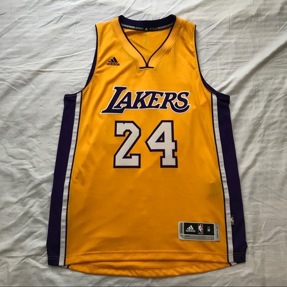 Adidas Lakers Kobe Bryant Jersey Men's size Medium